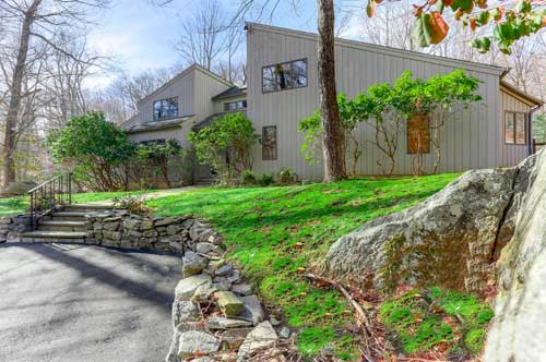 16-Tallwoods-Rd-Armonk-NY-large-043-43-16-Tallwoods-Rd-002-1500x998-72dpi