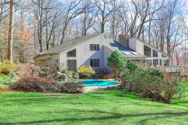 16-Tallwoods-Rd-Armonk-NY-large-052-52-16-Tallwoods-Rd-011-1500x994-72dpi
